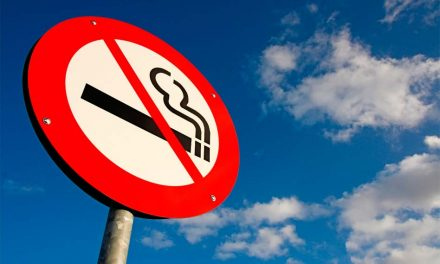 How smoking affects dental and oral health